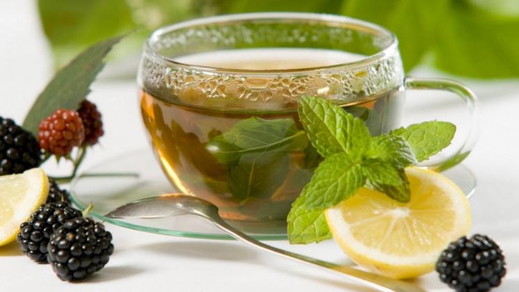 Дев'ять найкорисніших напоїв, які радять вживати лікарі