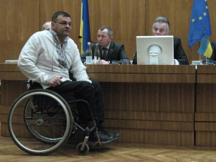 За избиение копов тернопольский депутат-…