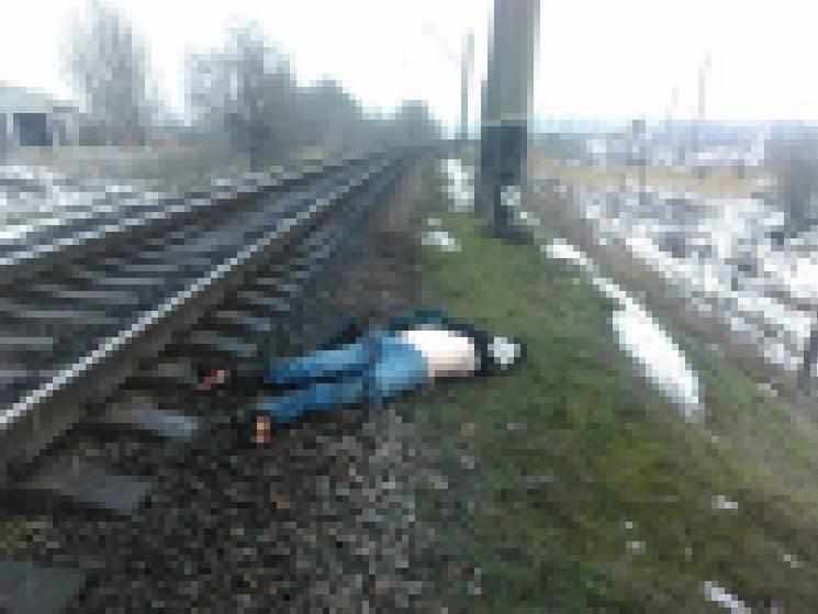 У Запоріжжі чоловік загинув під потягом…