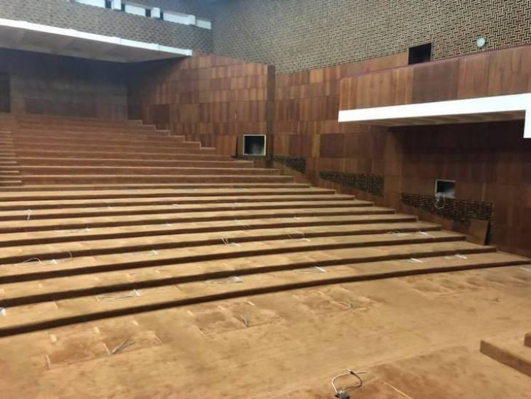 На ремонт сесійної зали Полтавської облр…