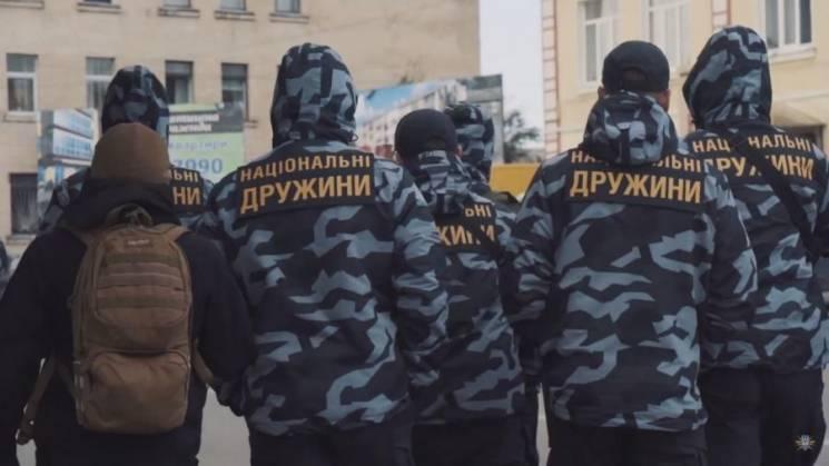 """Неповнолітні та """"Нацдружини"""": Чим Білецький міг би потішити Хрущова"""