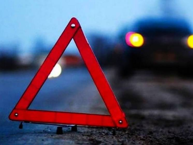 """На автошляху """"Суми-Полтава"""" зіткнулись дві вантажівки, є постраждалий"""