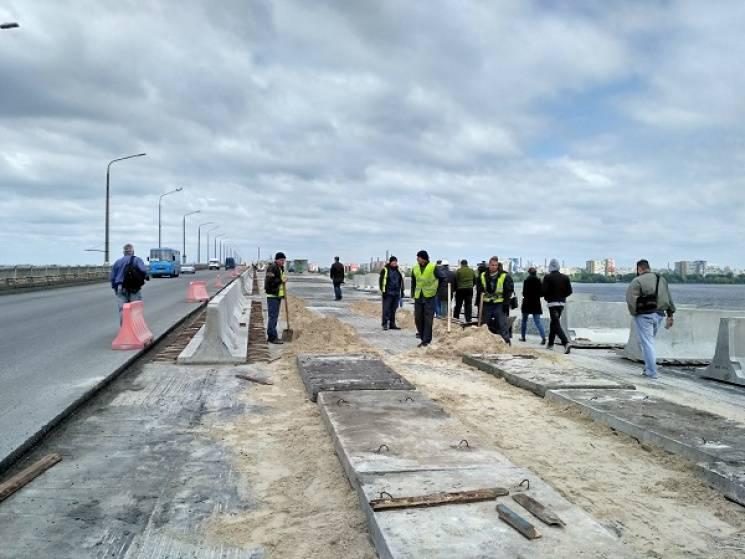 Як скандал з ремонтом Нового мосту у Дніпрі топить імідж Філатова