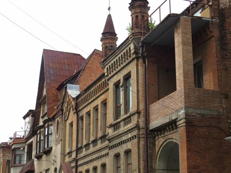"""Історія на пагорбі: Де у Харкові """"сховалася"""" вулиця архітекторів, дворян та художників"""