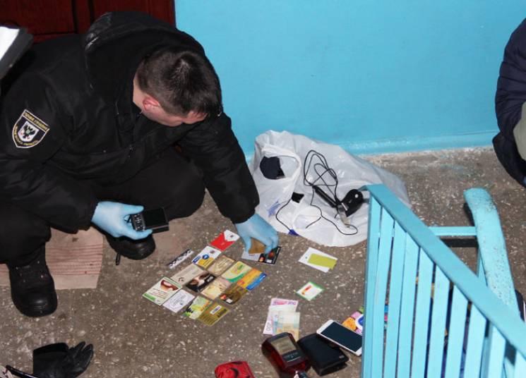 Подібного в Україні ще не було: На Чернігівщині злодії навчилися зламувати банкомати (ФОТО)