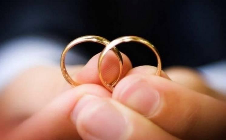 Завтра вЖитомирі реєструватимуть шлюби аж до опівночі