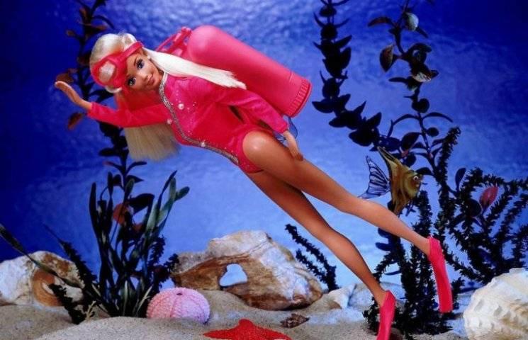 Барбі - 59 років: Як старіла, товстішала та змінювалася гламурна лялька