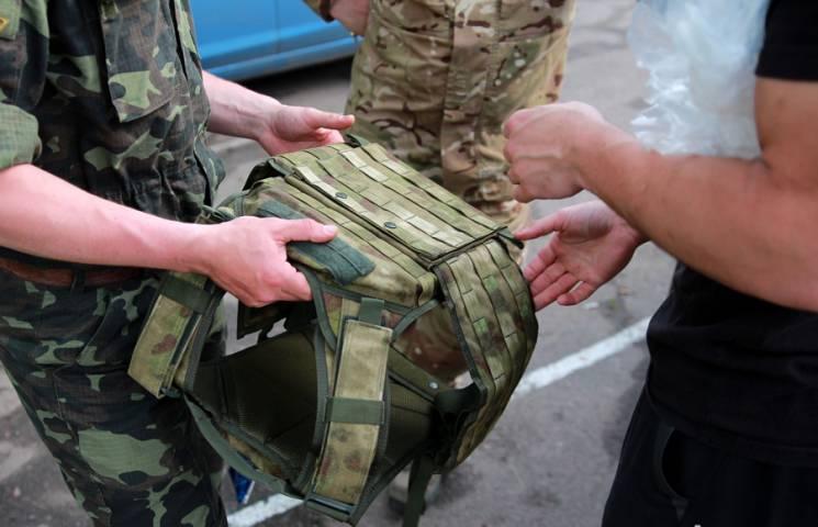 """У Вінниці судитимуть офіцера, який """"не довіз"""" у військову частину 90 бронежилетів"""