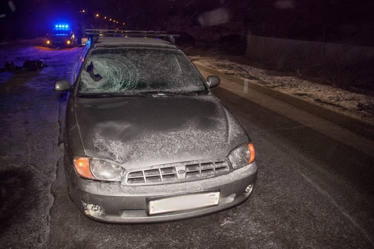 У Дніпрі автомобіль насмерть збив жінку