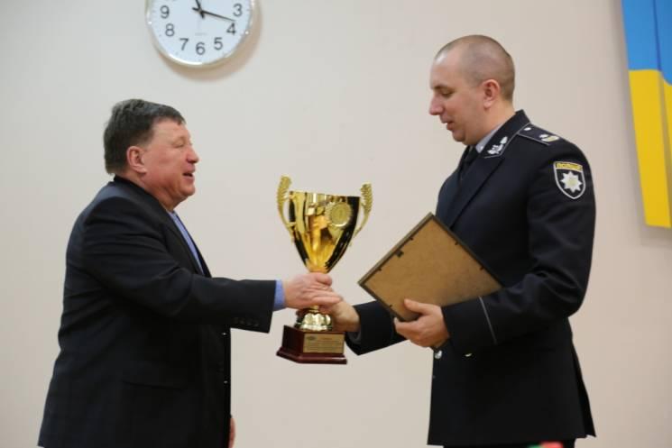 Вінницькі поліцейські здобули спортивну нагороду