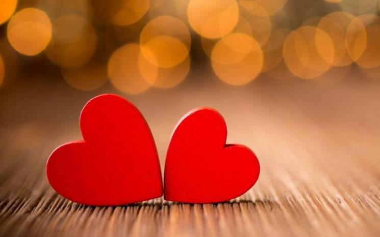 Тролейбус для закоханих та швидкі шлюби: Як у Кропивницькому відзначатимуть День Валентина