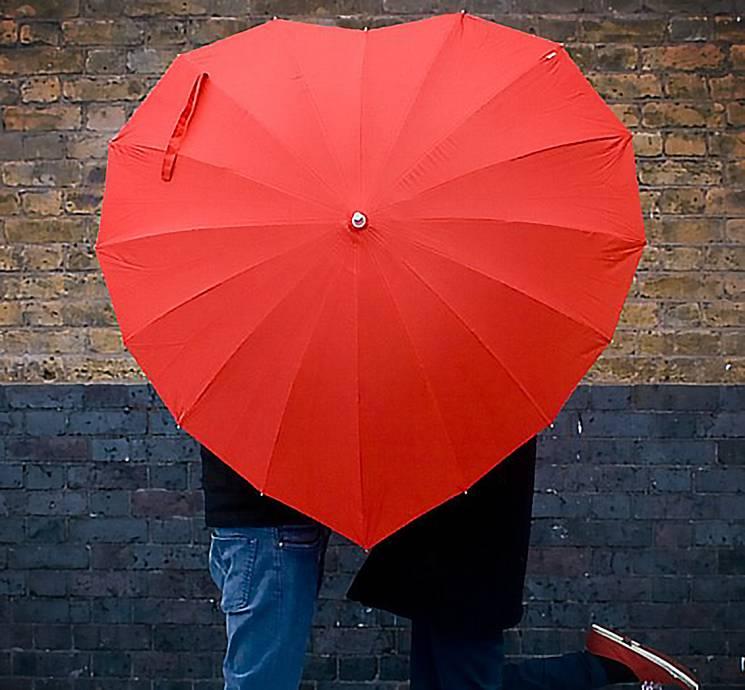 Синоптики попереджають: на День закоханих одеситам знадобиться парасолька
