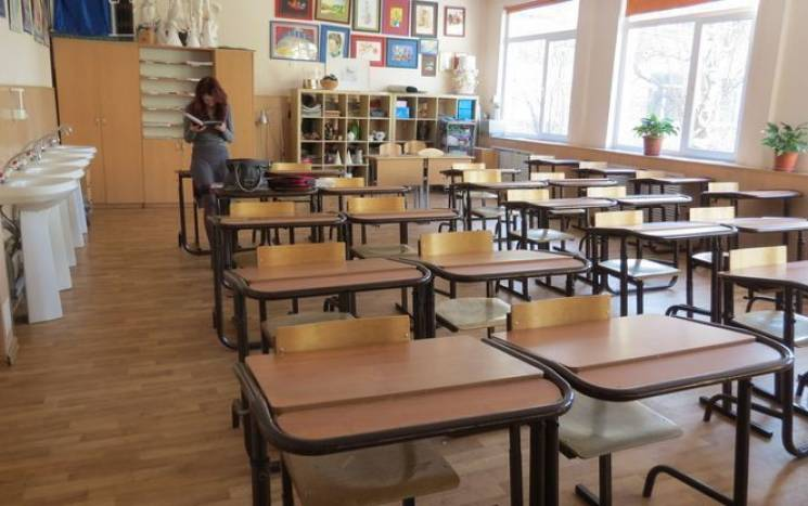Вже півсотні шкіл Хмельниччини закрили на карантин