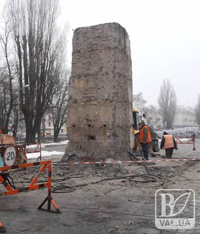 В Чернігові витратять 200 тисяч на постамент Леніна