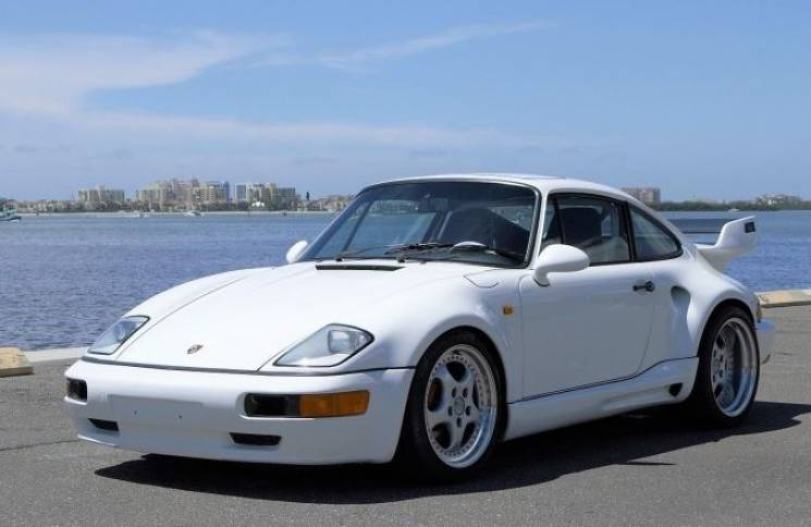 Колекціонер з Дніпра придбав унікальний суперкар Porsche (ФОТО)