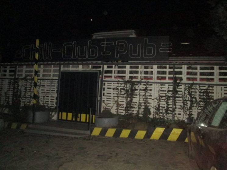 У нічному клубі Ужгорода підстрелили хлопця (ФОТО)