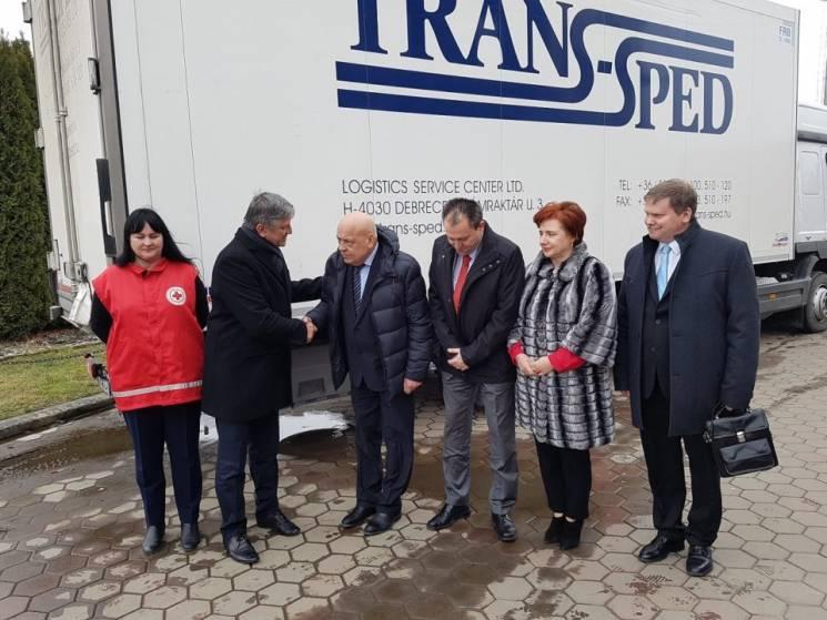 Угорці передали Закарпаттю медичне обладнання на 4 млн грн (ФОТО)