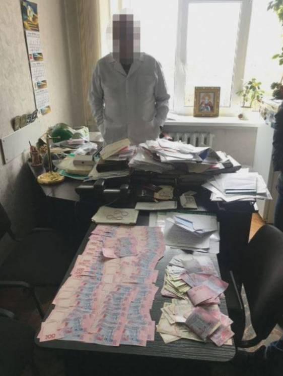 У Дніпрі справа хабарника з лікарні МВС дійшла до суду