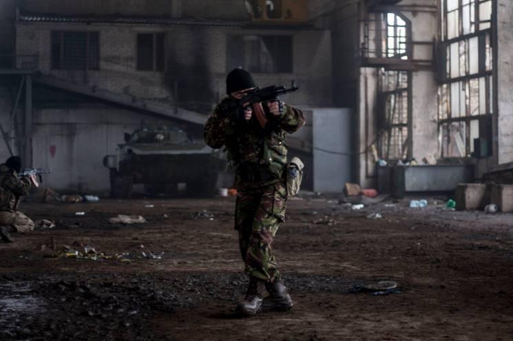 В АТО штурмовики 93-ї бригади вчаться зачищати заводи (ВІДЕО)