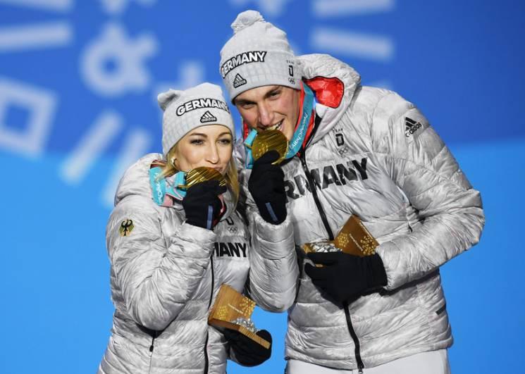 """Чи можна українцям називати """"зрадницею"""" чемпіонку Олімпіади Олену Савченко"""