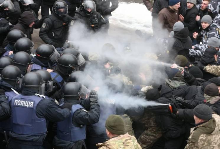 Відео дня: Суд над Трухановим і розстріл школярів у США