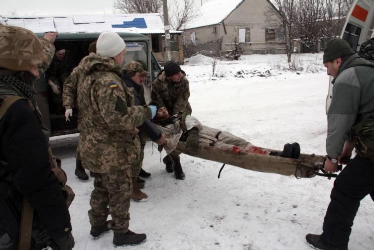 """Бойовики гатять з """"важких"""" мінометів: Поранено одного українського воїна"""