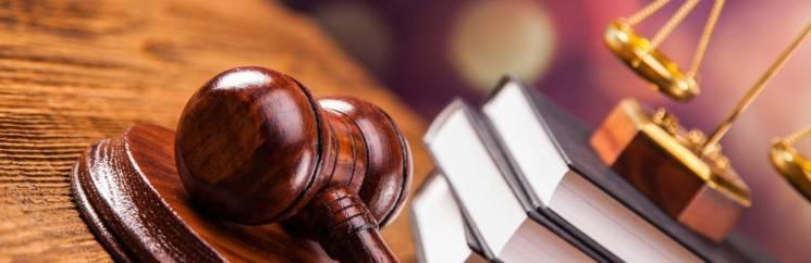 Судовий фарт: Справу депутата Хмельницької облради ніяк не візьмуться розглядати