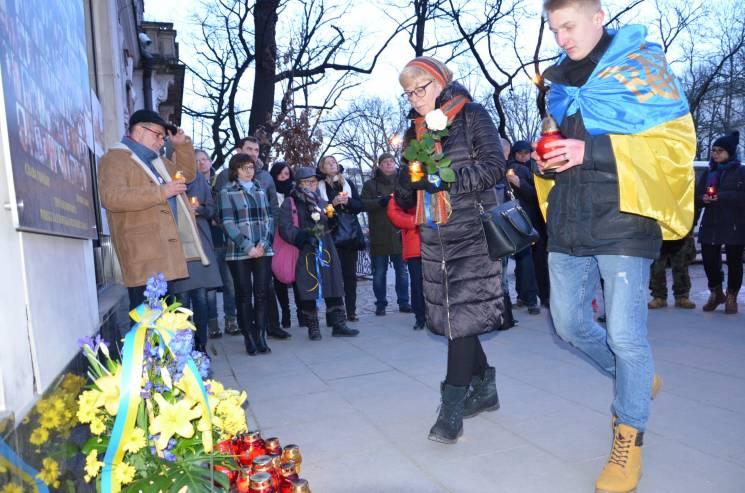 У Польщі вшанували Героїв Небесної Сотні (ФОТО)