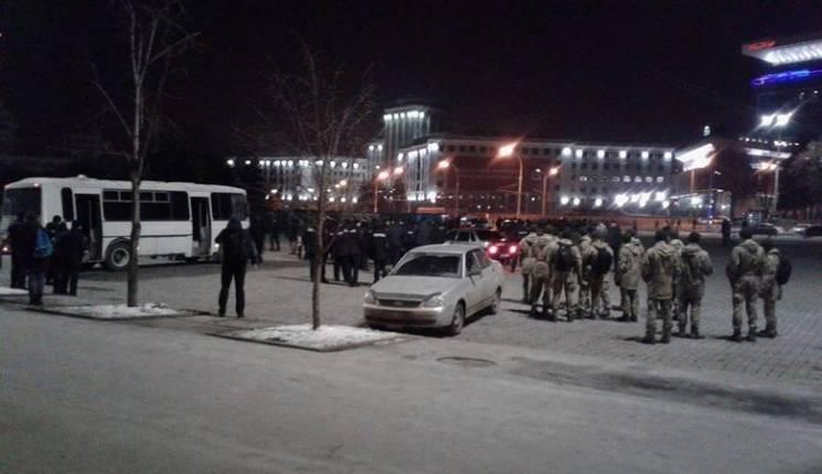 В центре Харькова массовая стычка фанато…