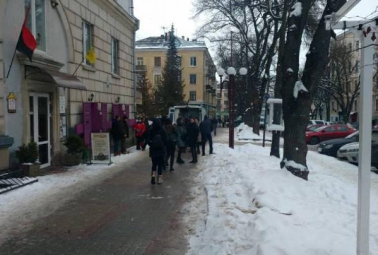 В Тернополе подрезали экс-депутата (ФОТО…