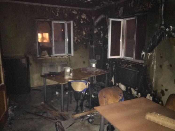 В Ровно подожгли офис антикоррупционного сайта (ФОТО, ВИДЕО)
