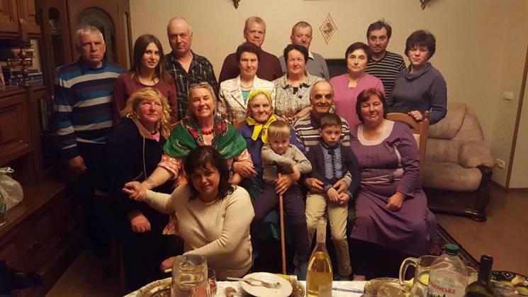 Австралійська фермерка про пошуки родини під Броварами і вишиванки для співвітчизників