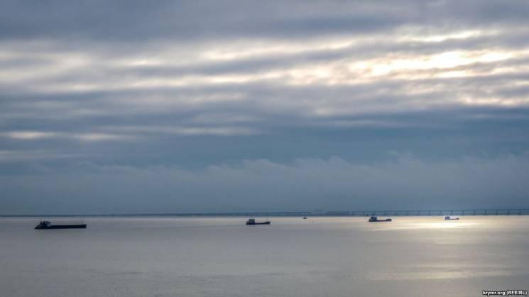 Біля берегів окупованого Криму евакуюють…
