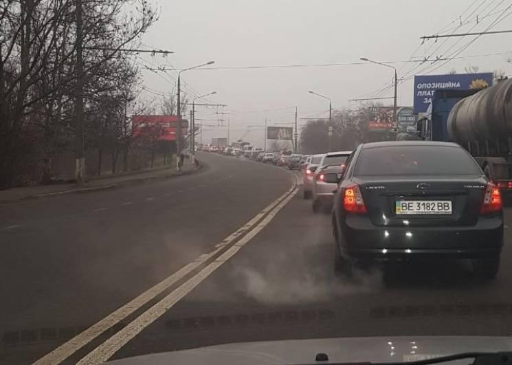 У Миколаєві через аварію у час-пік стався величезний затор (ФОТО)