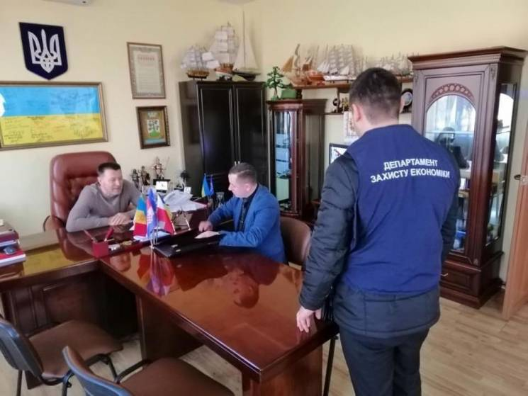 З'явились подробиці у корупційній справі мера Могилева-Подільського