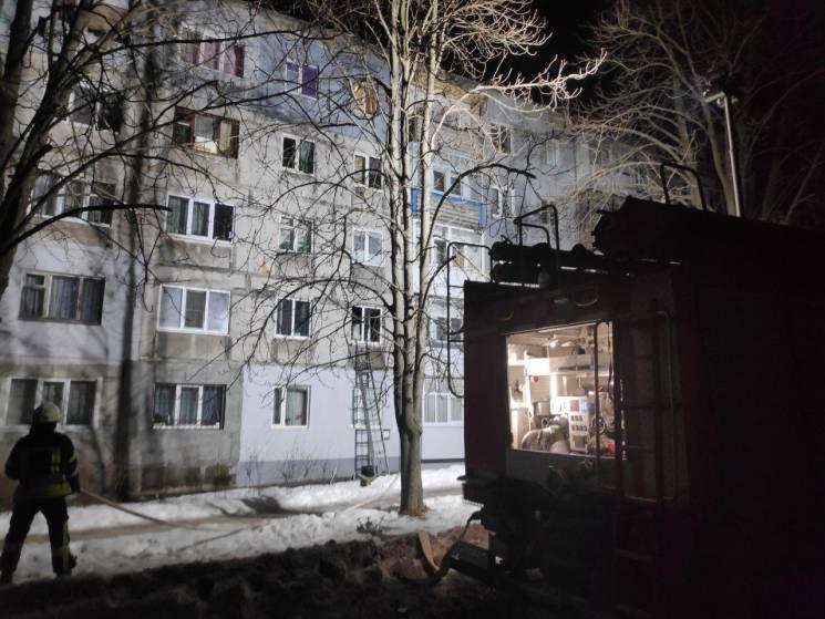 У Кропивницькому під час пожежі в квартирі ледь не згоріла жінка (ФОТО)