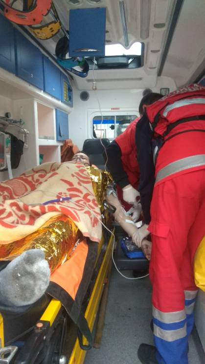 На Кропивниччині ледь не загинув чоловік під час пожежі. Ще п'ятьох евакуювали (ФОТОРЕПОРТАЖ)