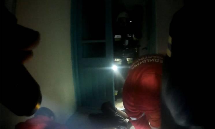 У Кам'янці в квартирі ледь не згорів чоловік