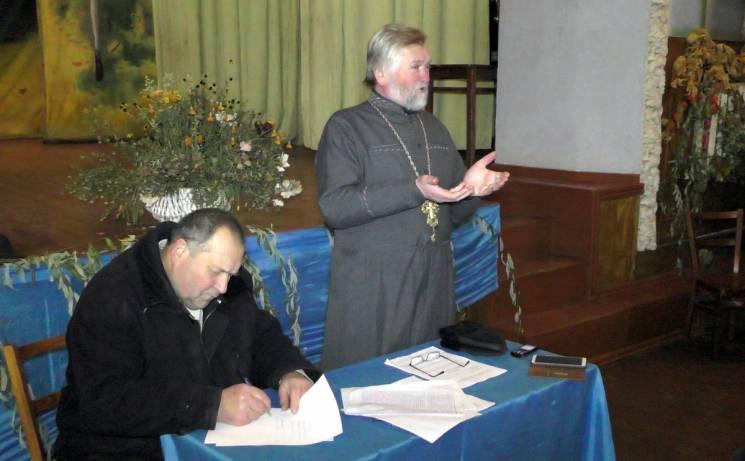 У селі на Вінниччині до ПЦУ перейшла громада на чолі зі священиком-патріотом