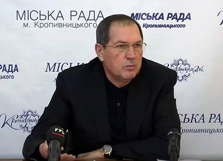 """Мер Кропивницького пригрозив закрити """"Екостайл"""", якщо не прибиратиметься вчасно сміття"""