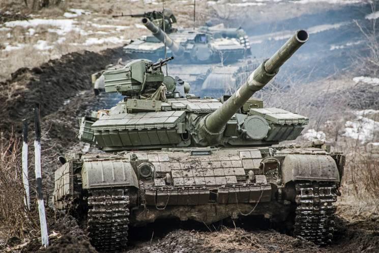 Неподалік передової танкісти з Дніпропетровщини готувалися до наступу (ФОТО)