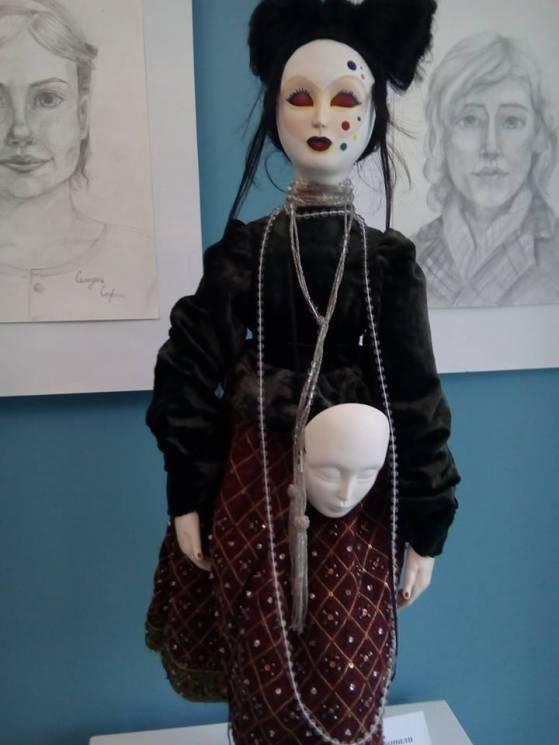 Запоріжців запрошують помилуватись ляльками