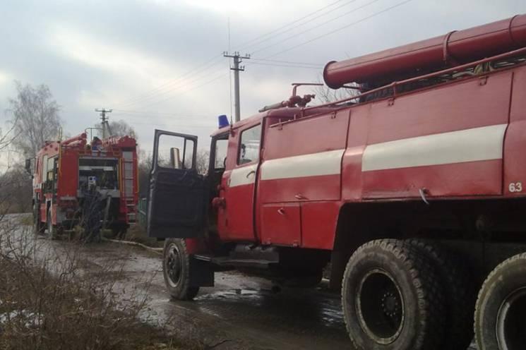 Минулої доби на Хмельниччині з різних причин сталося шість пожеж