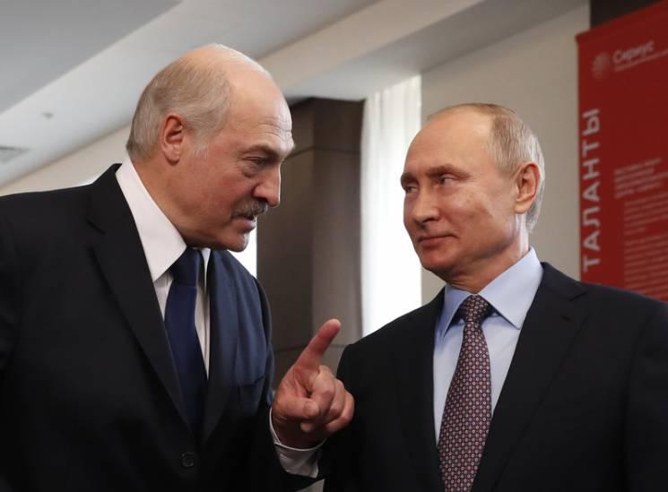 """Бліцкриг """"Бацьки"""": Навіщо Лукашенку поза…"""