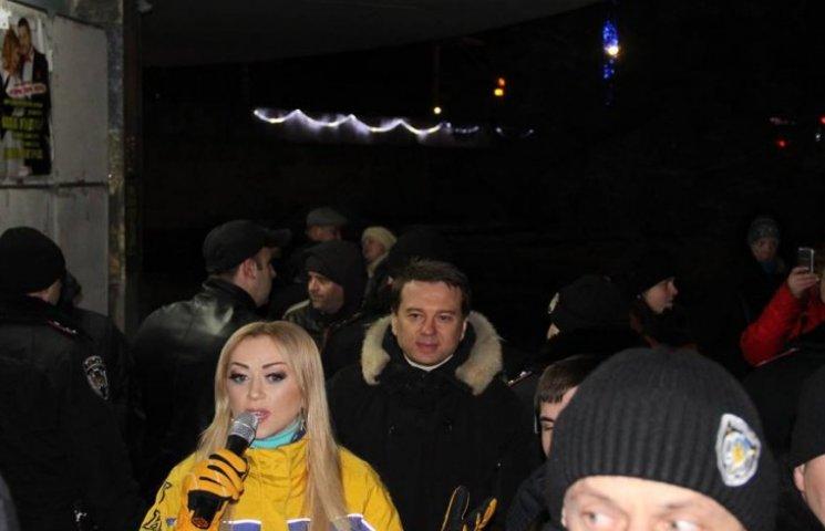 В Моршине сорвали концерт Валевской (18+)