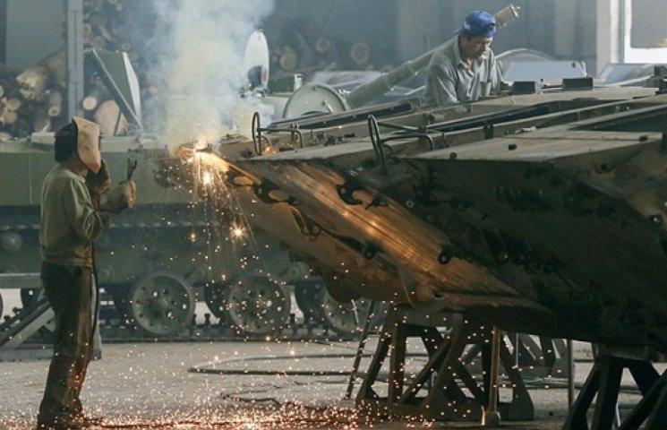 Зброю для армії будуть робити заводи української «оборонки» - Турчинов