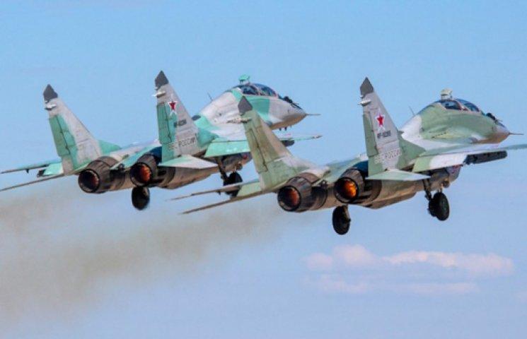 Російська авіація починає навчально-бойові польоти в Криму