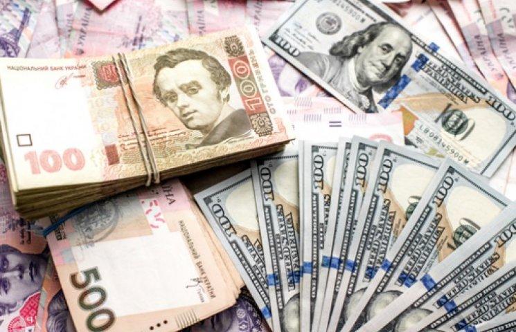 Держборг України за рік подвоївся в гривні і знизився у валюті