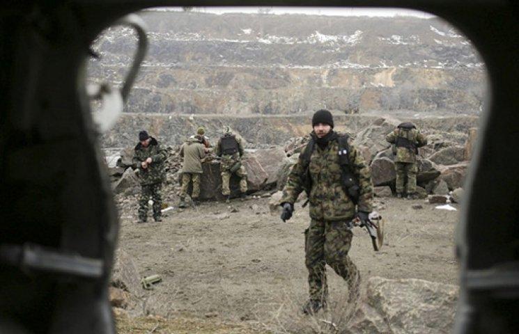 Кабмин будет доплачивать воинам АТО за каждый боевой день
