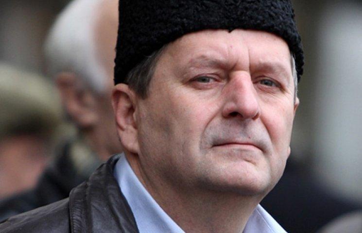 Украина требует от РФ освободить замглавы меджлиса